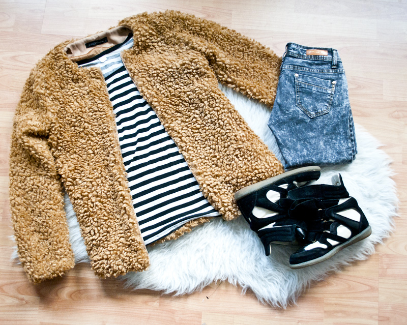 Flatlay teddy coat
