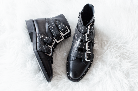 Shoesigh Topshop Amy studded ankle boots