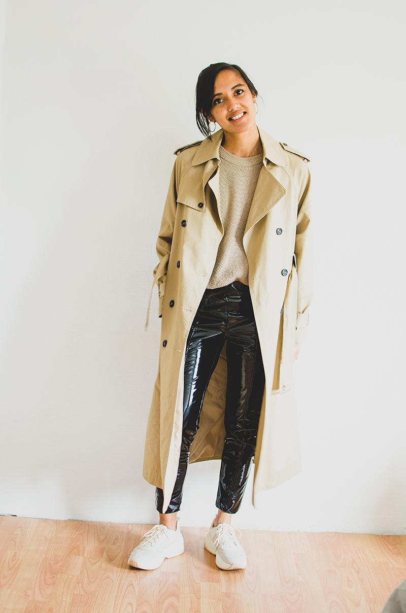 Outfit met trenchcoat